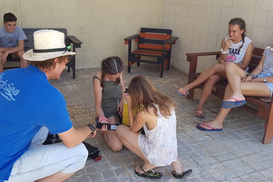 Kids teaching in Tarragona